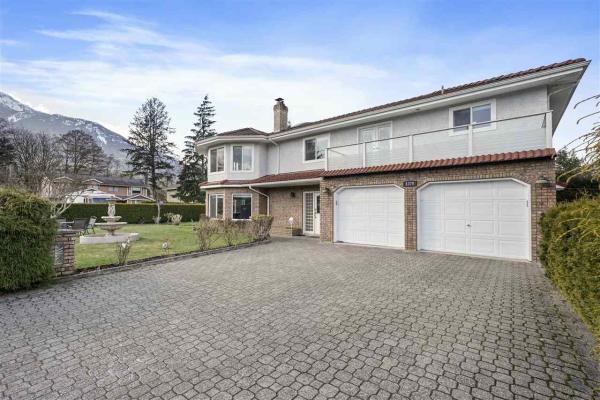 1370 OAK PLACE, Squamish