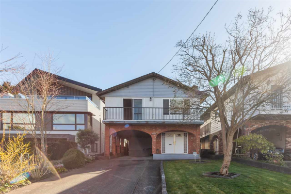 2728 WALL STREET, Vancouver