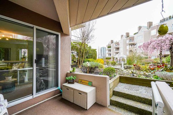 110 1150 QUAYSIDE DRIVE, New Westminster