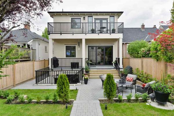 440 W 23RD AVENUE, Vancouver