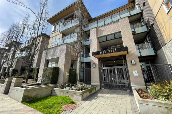 417 55 EIGHTH AVENUE, New Westminster