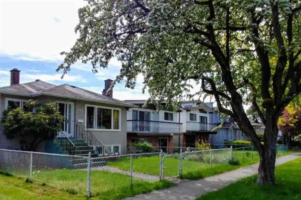 374 E 54 AVENUE, Vancouver