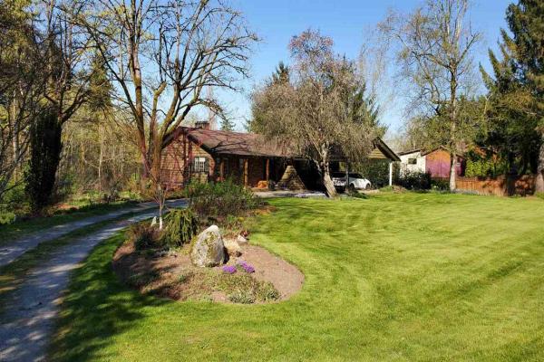 19545 78 AVENUE, Surrey