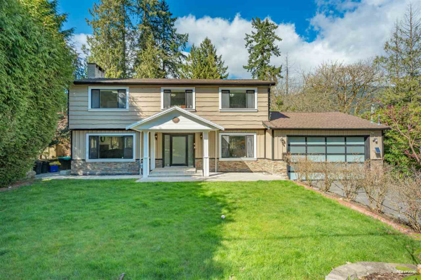 5495 GREENLEAF ROAD, West Vancouver