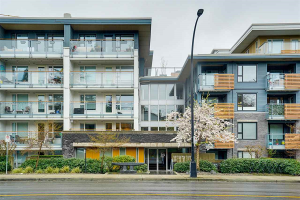3 221 E 3RD STREET, North Vancouver