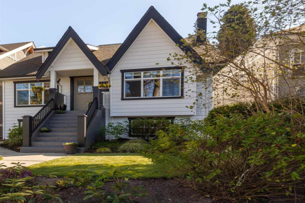 3566 W 13TH AVENUE, Vancouver