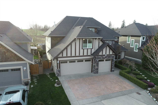 2131 RIESLING DRIVE, Abbotsford