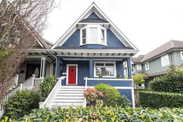 118 W 12TH AVENUE, Vancouver