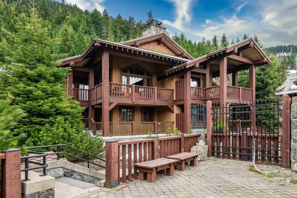 5A 2300 NORDIC DRIVE, Whistler