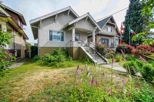 1022 EIGHTH AVENUE, New Westminster