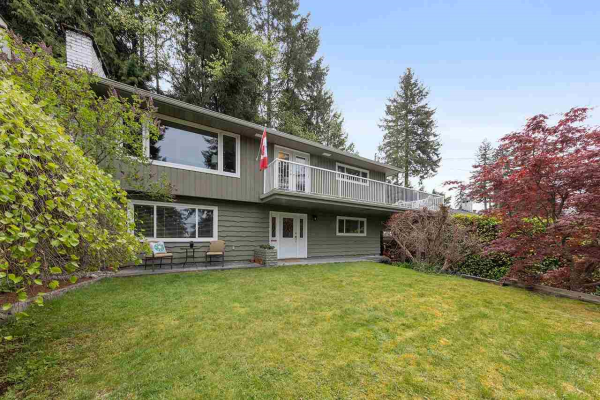 504 MONTROYAL PLACE, North Vancouver
