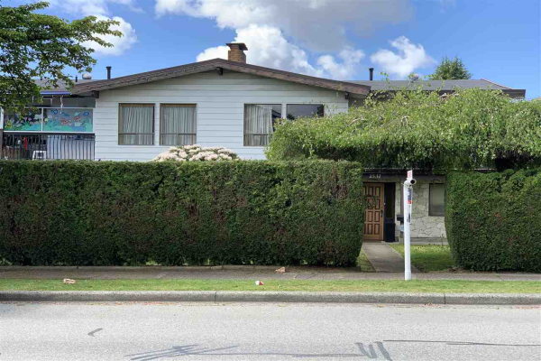 1531 SPERLING AVENUE, Burnaby