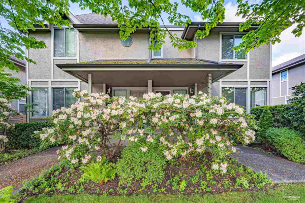 7 2133 ST. GEORGES AVENUE, North Vancouver