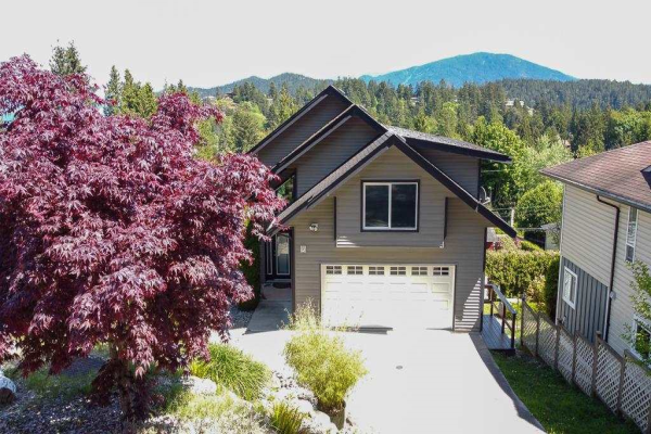 825 BAYVIEW HEIGHTS ROAD, Gibsons