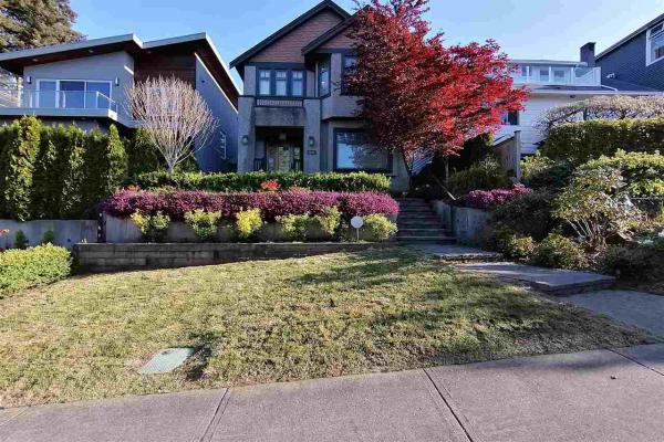3420 W 15TH AVENUE, Vancouver