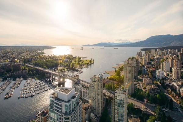 5201 1480 HOWE STREET, Vancouver