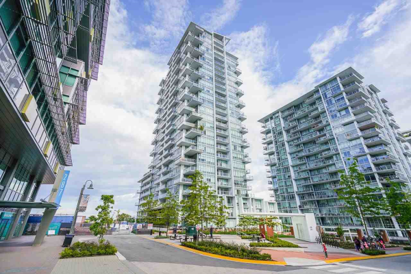 711 258 NELSONS COURT, New Westminster