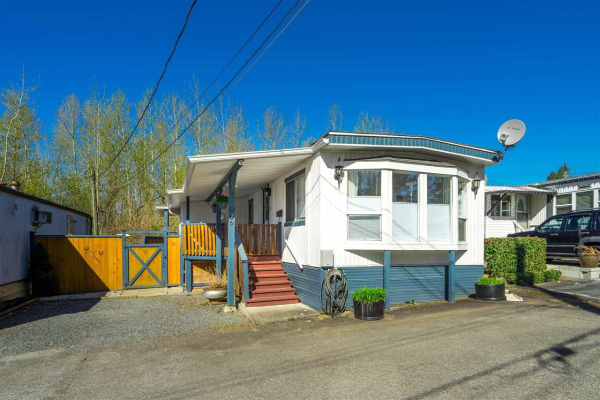 27 32380 LOUGHEED HIGHWAY, Mission