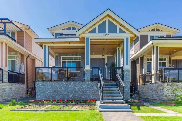 244 HUME STREET, New Westminster