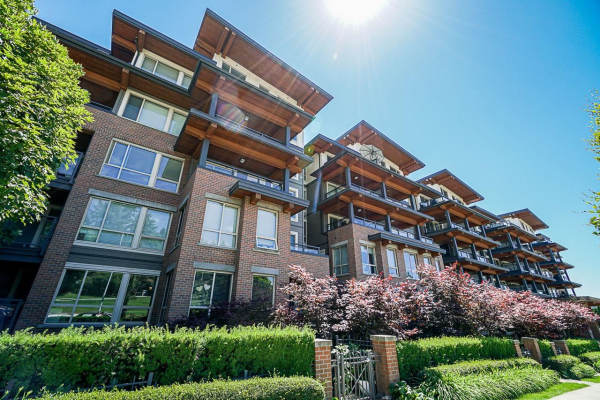 217 500 ROYAL AVENUE, New Westminster