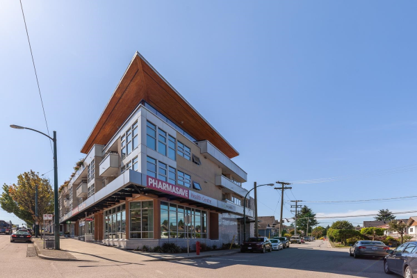 303 4338 COMMERCIAL STREET, Vancouver
