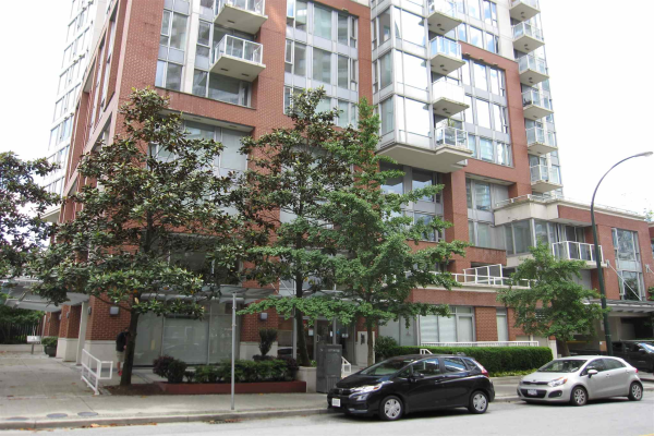2004 550 TAYLOR STREET, Vancouver