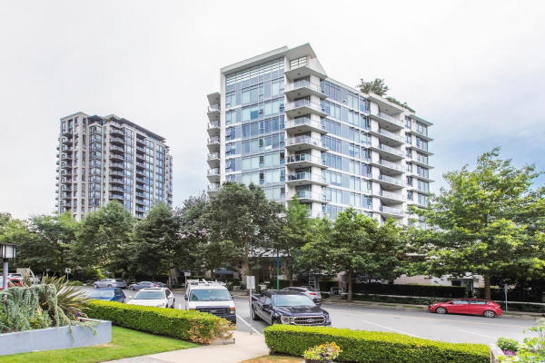 207 175 W 2ND STREET, North Vancouver
