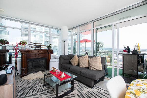 1207 200 NELSONS CRESCENT, New Westminster