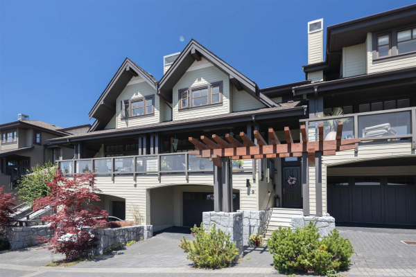 9 2555 SKILIFT ROAD, West Vancouver