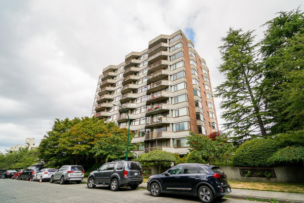 906 2445 W 3RD AVENUE, Vancouver