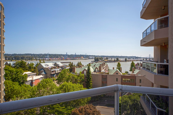 906 1185 QUAYSIDE DRIVE, New Westminster
