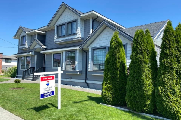 6628 GRIFFITHS AVENUE, Burnaby
