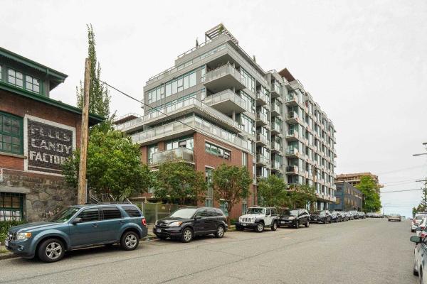716 250 E 6TH AVENUE, Vancouver