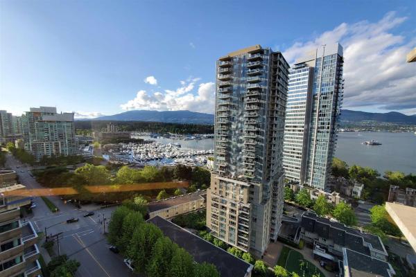 1702 1228 W HASTINGS STREET, Vancouver