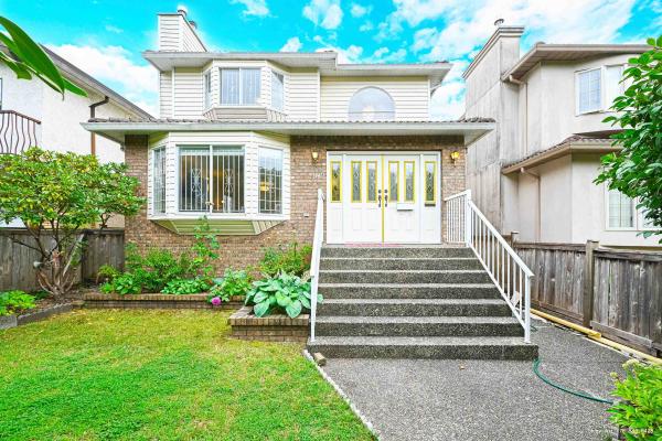 3238 GRAVELEY STREET, Vancouver