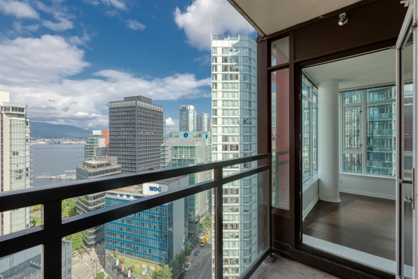 2205 1211 MELVILLE STREET, Vancouver