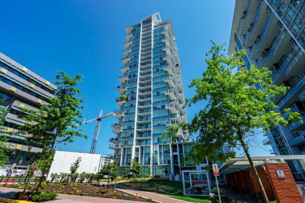 202 258 NELSONS COURT, New Westminster