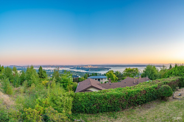 1418 BRAMWELL ROAD, West Vancouver