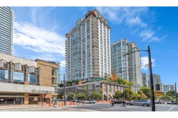 2205 565 SMITHE STREET, Vancouver