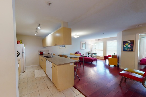 317 2891 E HASTINGS STREET, Vancouver