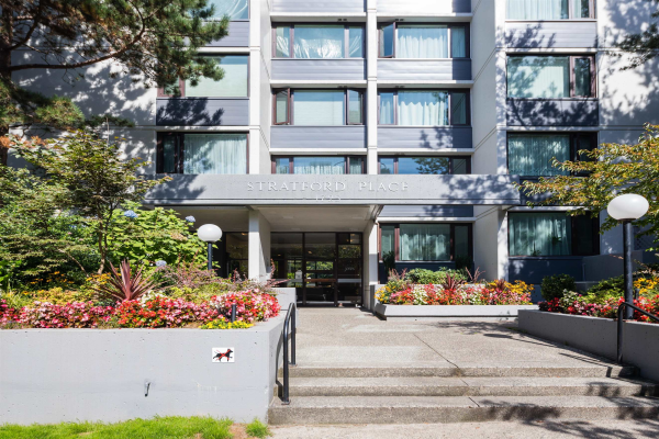 803 1725 PENDRELL STREET, Vancouver