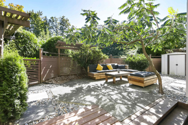 106 1945 WOODWAY PLACE, Burnaby