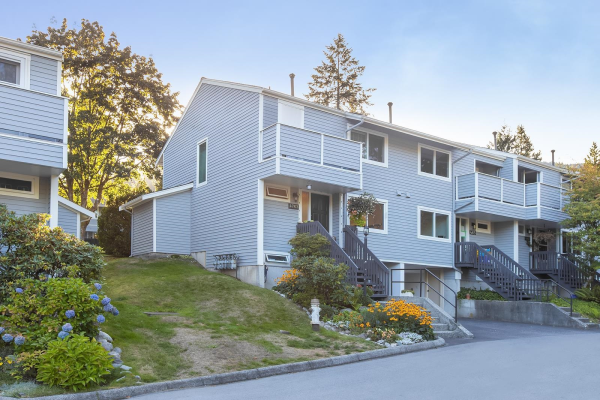 4763 HOSKINS ROAD, North Vancouver