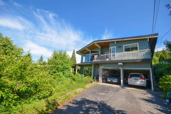 4103 ST. GEORGES AVENUE, North Vancouver