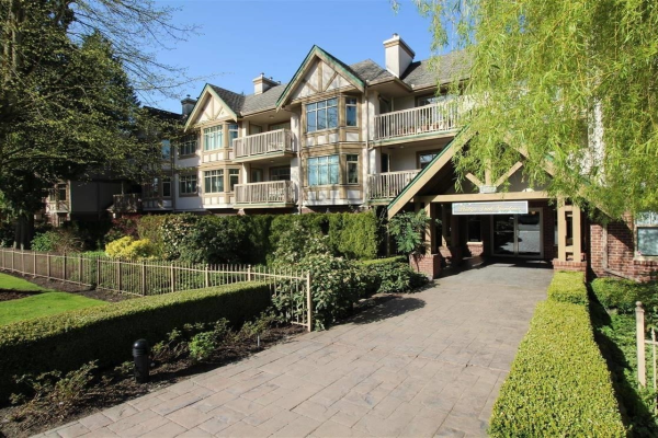 307 2059 CHESTERFIELD AVENUE, North Vancouver