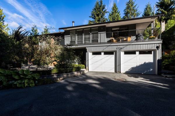1728 EVELYN STREET, North Vancouver
