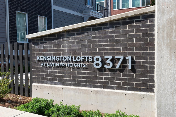 52 8371 202B STREET, Langley