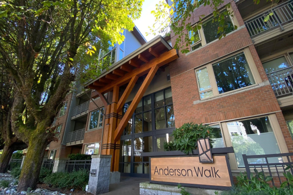 516 119 W 22ND STREET, North Vancouver