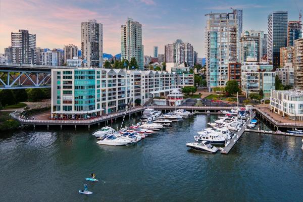 1402 1000 BEACH AVENUE, Vancouver