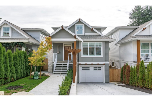 15512 RUSSELL AVENUE, White Rock